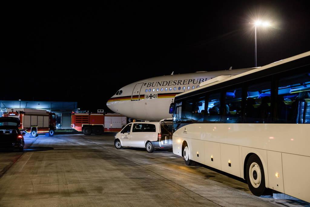 Ποιος ήθελε να πέσει το αεροπλάνο της Μέρκελ: Εγκληματική ενέργεια πίσω από τη βλάβη;