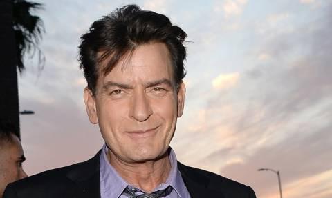 Παγκόσμια ημέρα κατά του AIDS: Charlie Sheen, ο σταρ που νίκησε το AIDS! (vid)