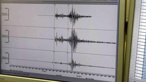 Ισχυρός σεισμός ανοιχτά της Ινδονησίας