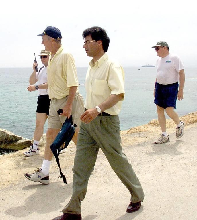 George Bush: Όταν η Ελλάδα υποδέχτηκε τον 41ο Πρόεδρο των ΗΠΑ (pics+vids)