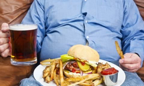 Έρευνα κρούει τον κώδωνα του κινδύνου για την «παχύσαρκη Ελλάδα»: Τρώμε πολύ και ανθυγιεινά