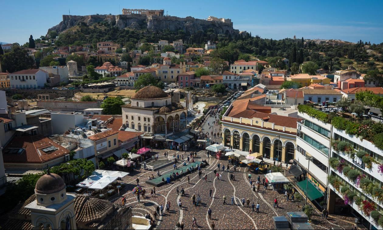 Σε ποια περιοχή της Αθήνας κυκλοφορούν οι ομορφότεροι άντρες;