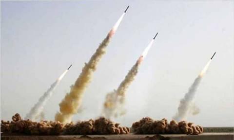 «Φωτιά» στην παγκόσμια «σκακιέρα» βάζει το Ιράν – Εκτόξευσε βαλλιστικό πύραυλο
