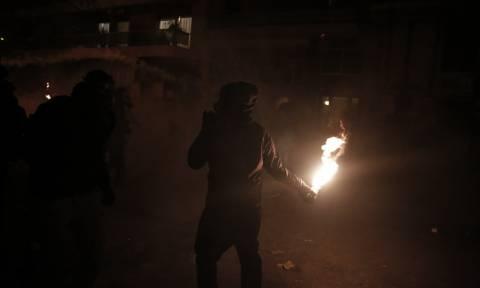 Καισαριανή: Επίθεση με μολότοφ στο κτήριο που στεγάζει τις υπηρεσίες των ΜΑΤ