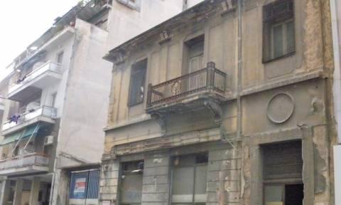Κατεδαφίζονται ολόκληρα οικοδομικά τετράγωνα στο κέντρο της Αθήνας – Δείτε σε ποιες περιοχές