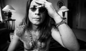Όλες οι «τρέλες» του παράξενου αυτού τύπου που λέγεται... Ozzy Osbourne!