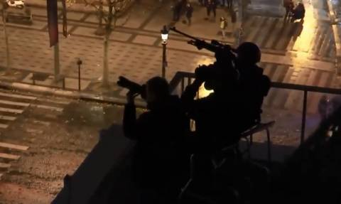 Ο φόβος έχει κυριεύσει τους Γάλλους αστυνομικούς: Ζητούν να κατέβει ο στρατός στους δρόμους (Pics)