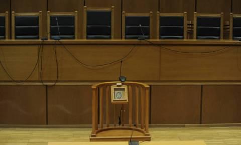 Εσωτερικό δημοψήφισμα της Ένωσης Διοικητικών Δικαστών για τη συνταγματική αναθεώρηση