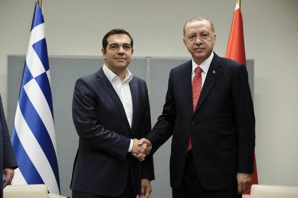 Σε στενή επαφή Αθήνα - Άγκυρα: Πότε θα συναντηθούν Τσίπρας - Ερντογάν