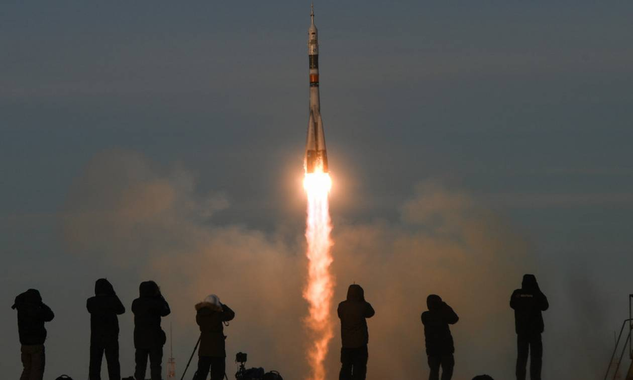 Αγωνία τέλος! Ο πύραυλος Σογιούζ προσδέθηκε με επιτυχία στον Διεθνή Διαστημικό Σταθμό (Pics)