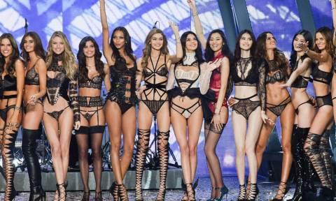 Αυτές ήταν οι πιο καυτές στιγμές του φετινού Victoria's Secret Fashion Show! (pics)
