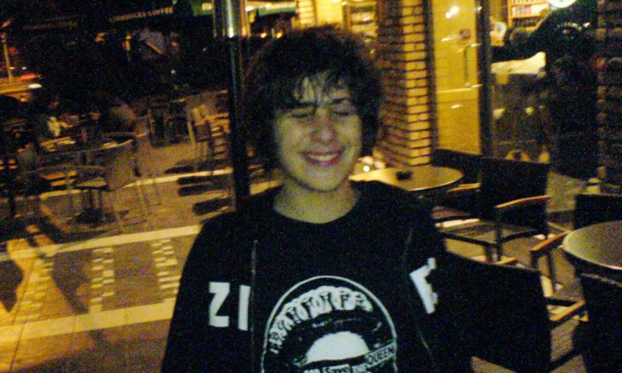 Αλέξης Γρηγορόπουλος: Μαύρη επέτειος - 10 χρόνια μετά τη δολοφονία του 15χρονου μαθητή (pics+vids)