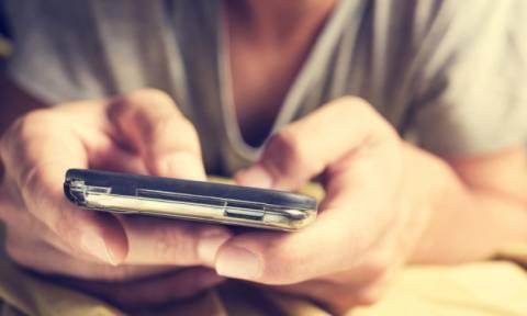 «Μπλακ άουτ» στο Facebook: Ξαφνικά αποσυνδέθηκαν εκατομμύρια λογαριασμοί
