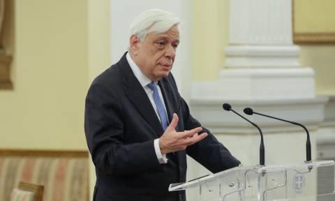 Ο Προκόπης Παυλόπουλος επίτιμος πρόεδρος της Εταιρείας Ελλήνων Φιλολόγων
