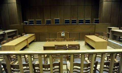 Θεσσαλονίκη: Ποινή φυλάκισης σε δάσκαλο που τηλεφωνούσε σε μητέρα μαθητή και την έβριζε