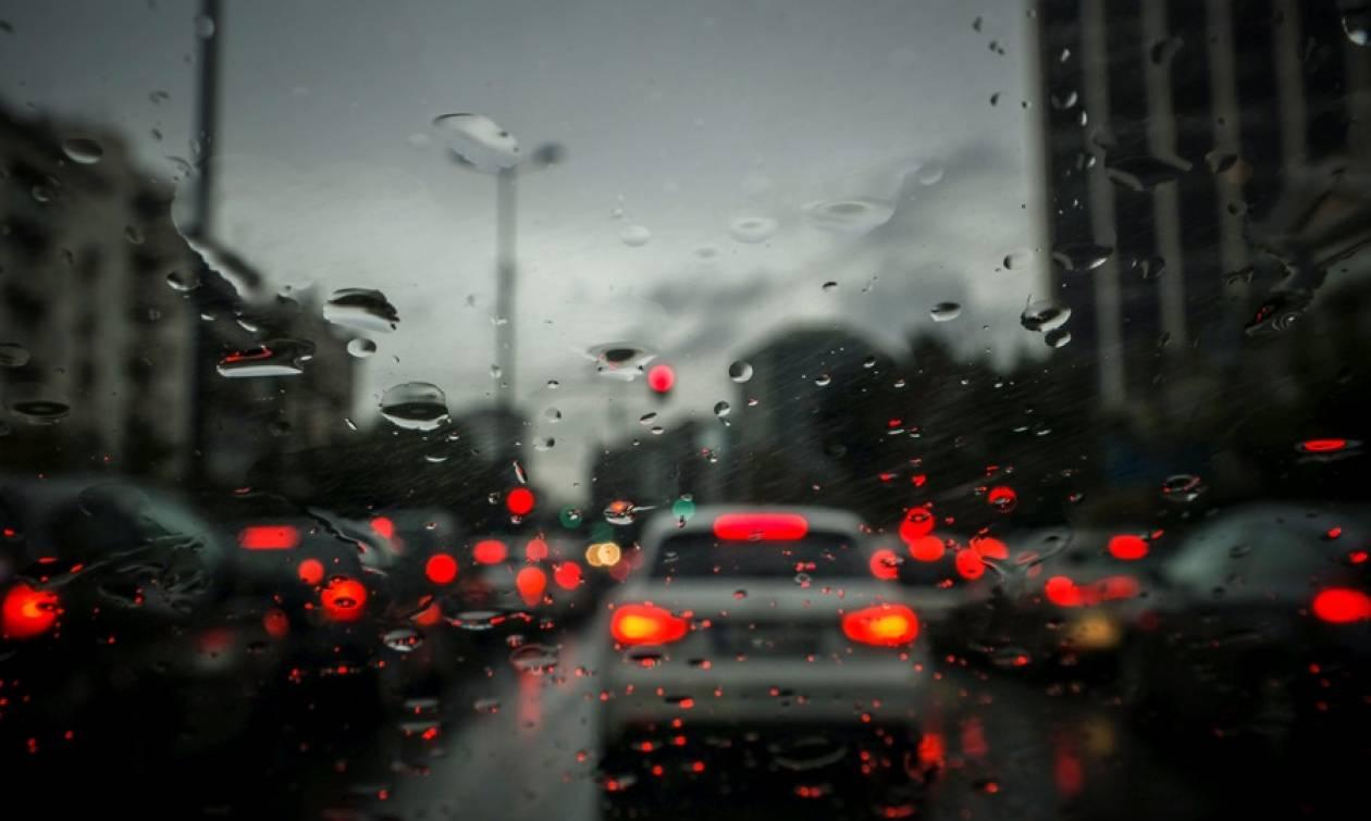Καιρός: Θυελλώδεις βοριάδες και βροχές την Παρασκευή (07/12)