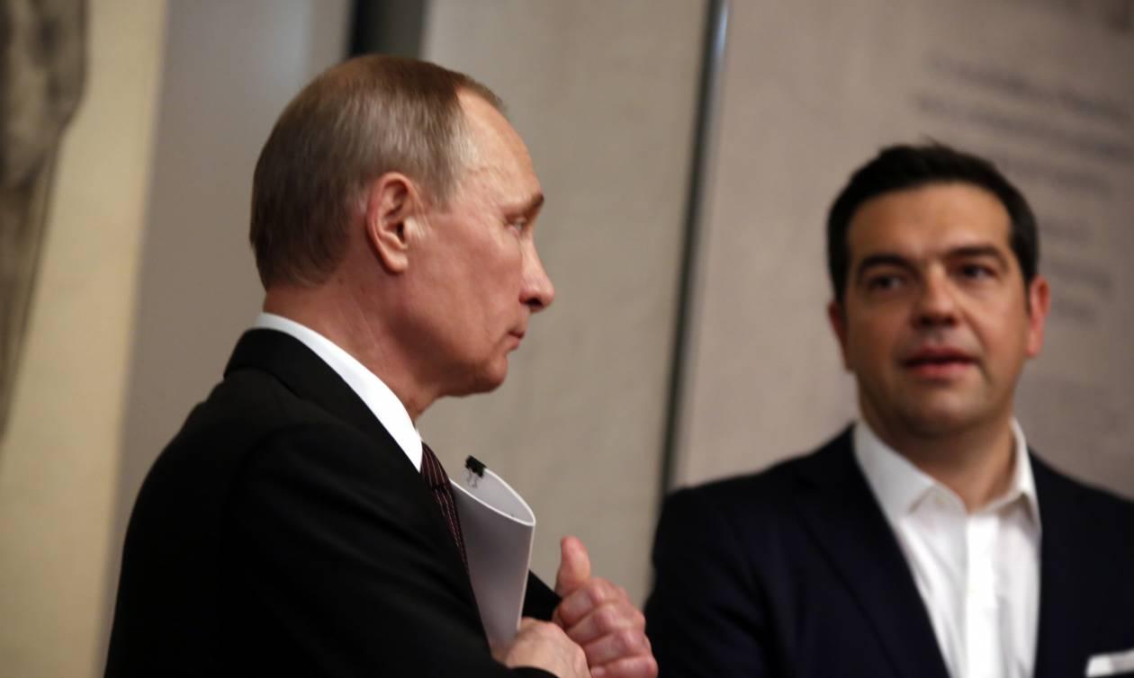 Ο Τσίπρας θέλει να «λιώσει τους πάγους» στη Μόσχα – Τι θα συζητήσει με τον Πούτιν