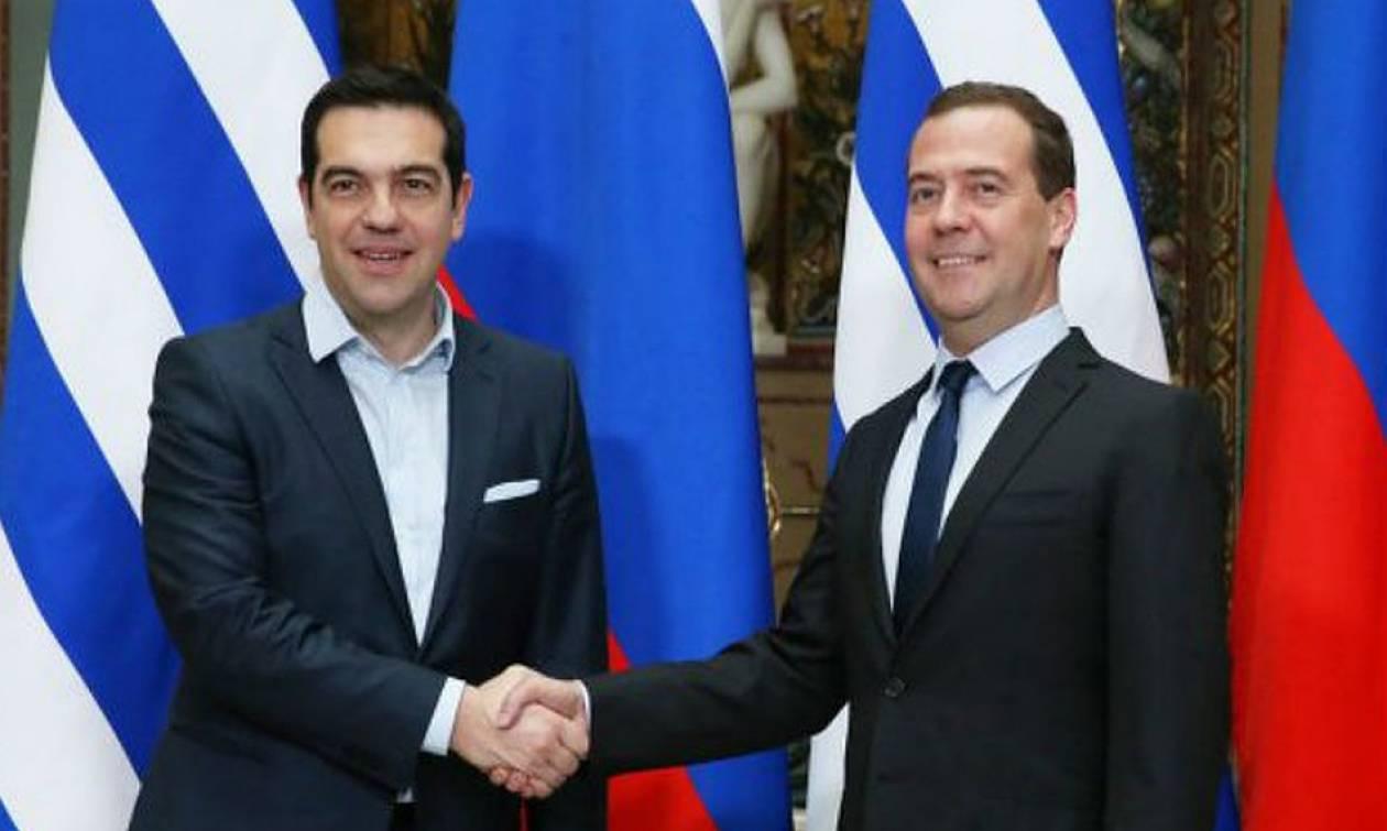 Ципрас и Медведев обсудили торгово-экономическое сотрудничество