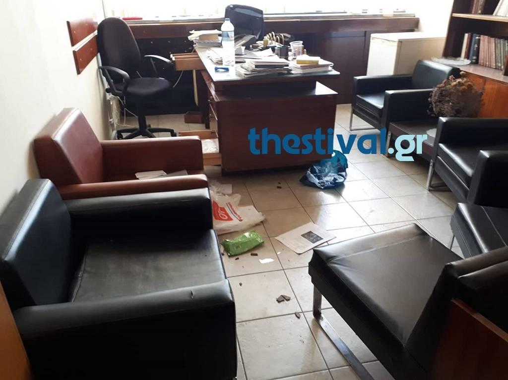 Θεσσαλονίκη: Βομβαρδισμένο τοπίο η Θεολογική Σχολή του ΑΠΘ - Τεράστια η οικονομική ζημιά (pics)