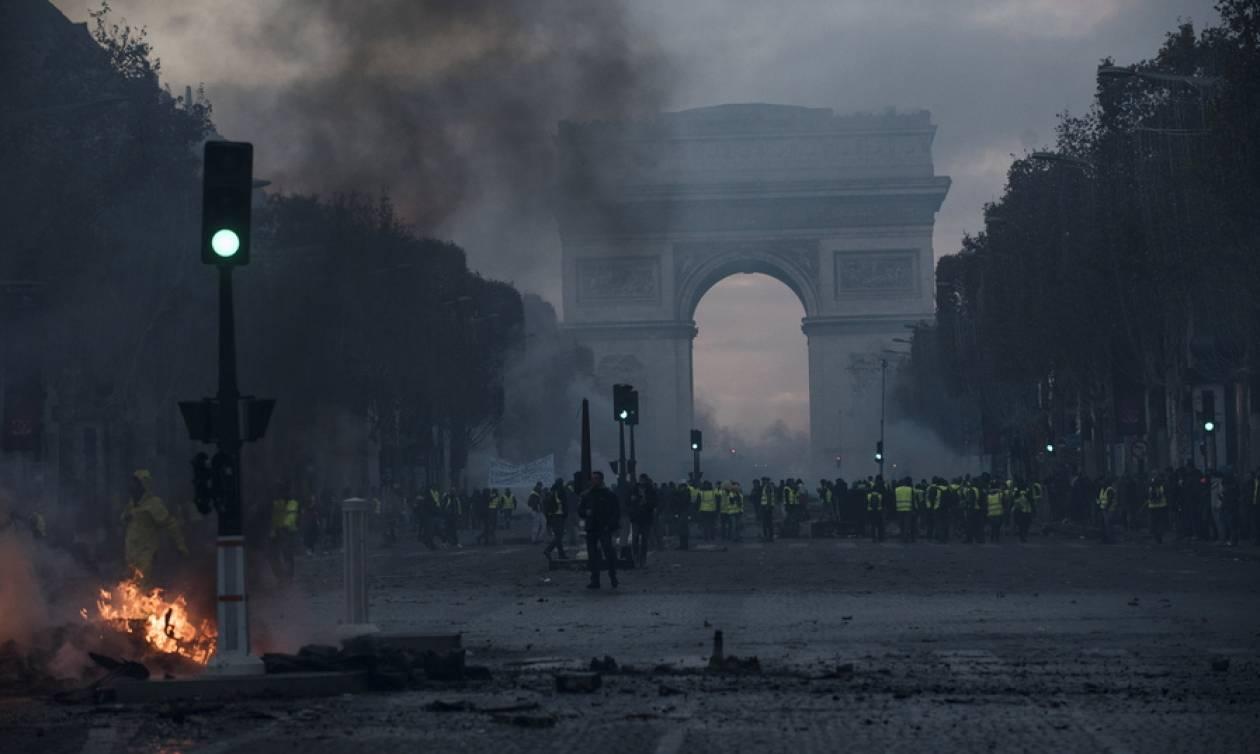 Γαλλία: Συνάντηση του πρωθυπουργού με αντιπροσωπεία των «κίτρινων γιλέκων»