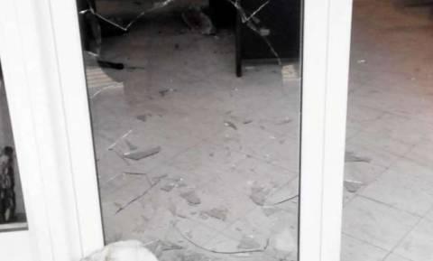 Aγρίνιο: Τρόμος σε κατάστημα - Μπροστά στον κόσμο άρπαξε ταμειακή μηχανή