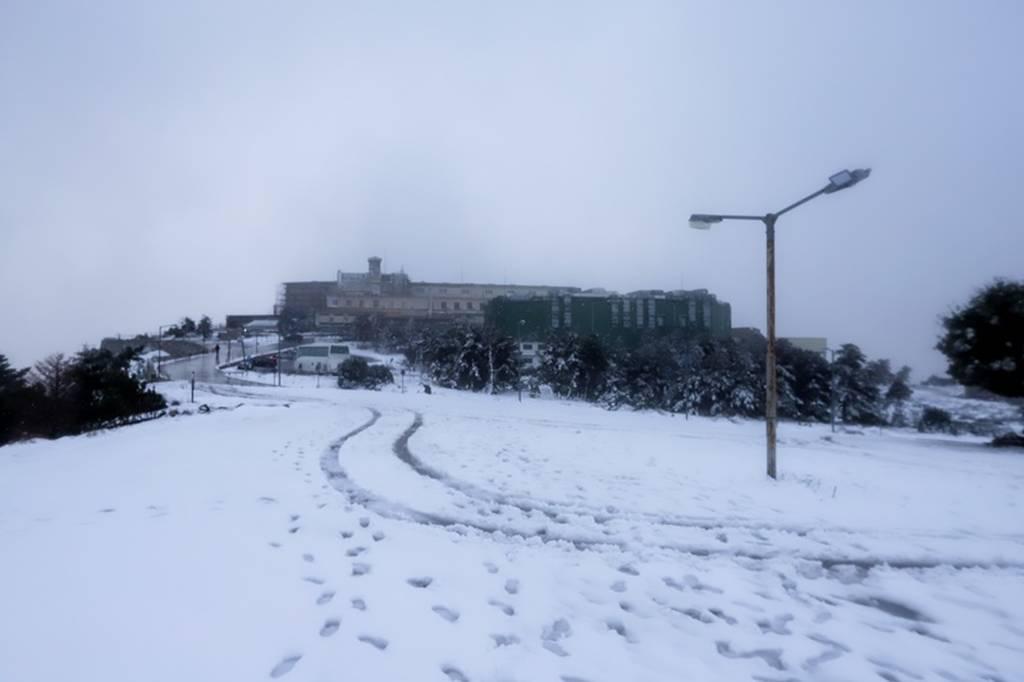 Καιρός: Έρχεται κακοκαιρία με καταιγίδες και χιόνια – Πότε και πού τα φαινόμενα θα είναι ισχυρά