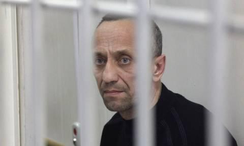 Ρωσία: Πρώην αστυνομικός serial killer κρίθηκε ένοχος για 78 φόνους