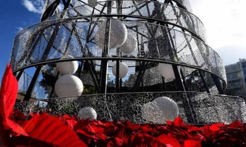 Χριστούγεννα 2018 - Πρωτοχρονιά 2019: Το εορταστικό ωράριο των καταστημάτων
