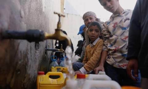 Ο ΟΗΕ «ψάχνει» 5 δισ. δολάρια για ανθρωπιστική βοήθεια προς τους πολίτες της Υεμένης