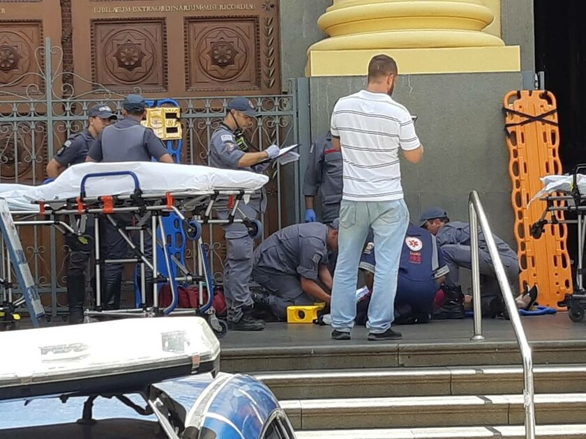 ΕΚΤΑΚΤΟ: Ο τρόμος χτύπησε τη Βραζιλία: Ένοπλος άνοιξε πυρ σε εκκλησία κατά τη διάκρεια λειτουργίας
