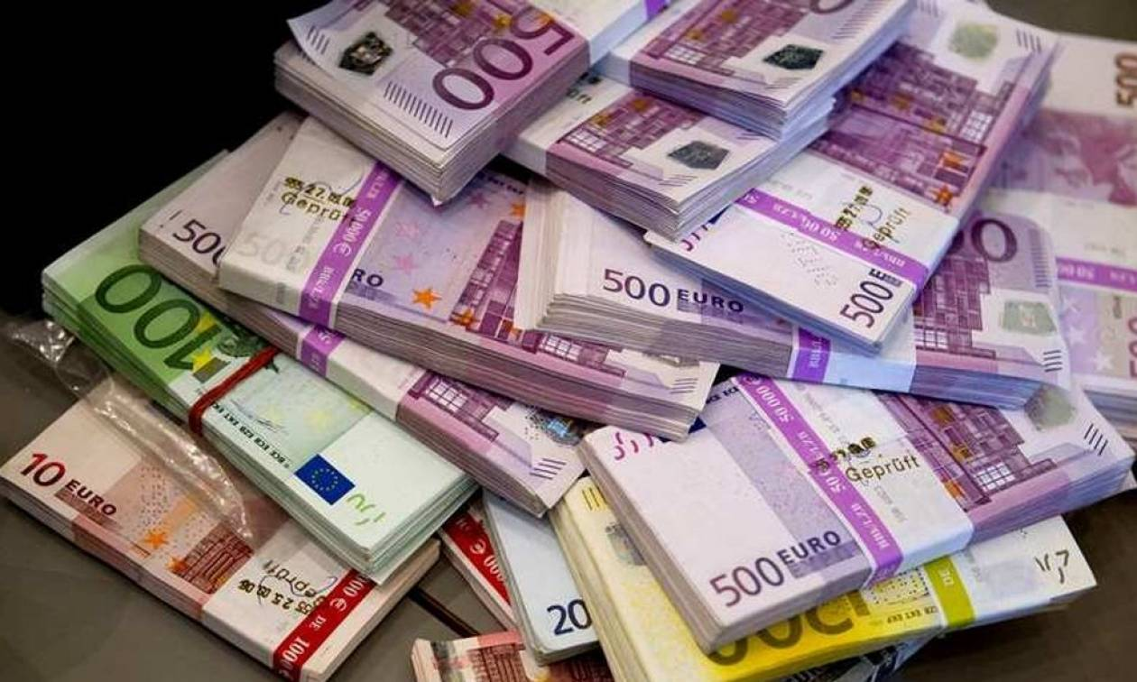 Λάρισα: Λιποθύμησε...ο τυχερός που κέρδισε 250.000 ευρώ!