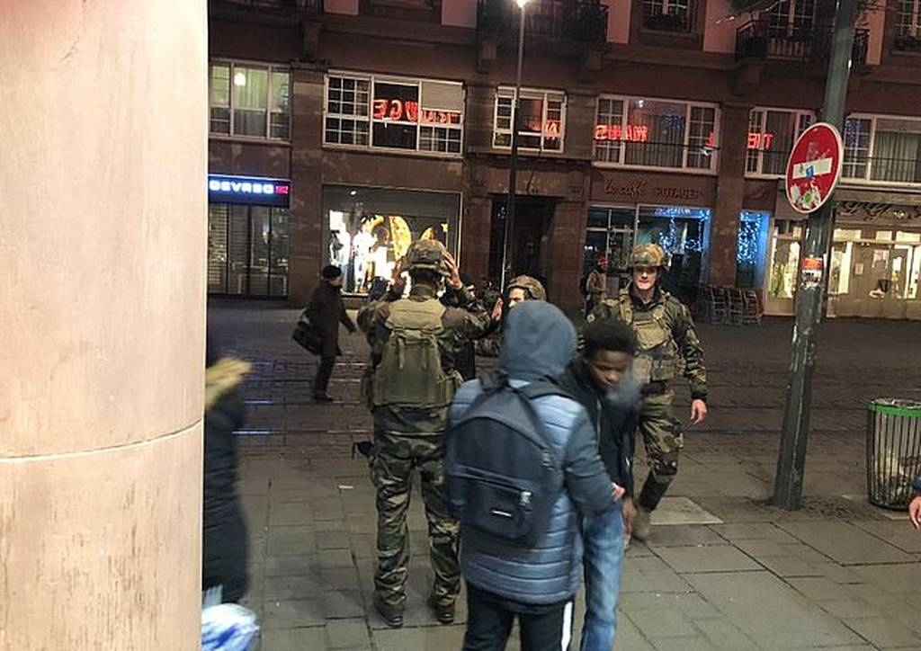 Συναγερμός στο Στρασβούργο: Πυροβολισμοί σε χριστουγεννιάτικη αγορά - Τουλάχιστον ένας νεκρός