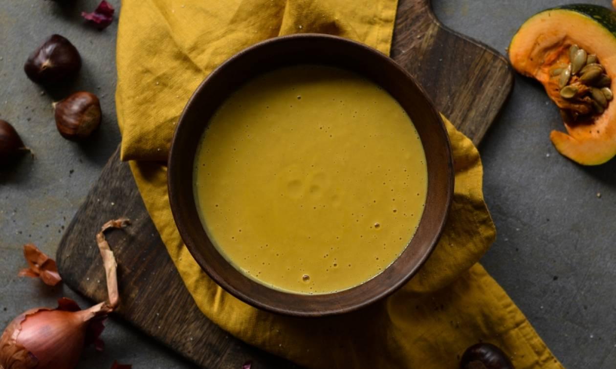 Η συνταγή της ημέρας: Βελουτέ σούπα με κάστανα και κολοκύθα