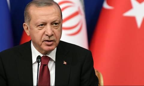 «Λάδι στη φωτιά» ρίχνει ο Ερντογάν: Οι κακοί γείτονες μάς ανάγκασαν να εξοπλιστούμε αμυντικά