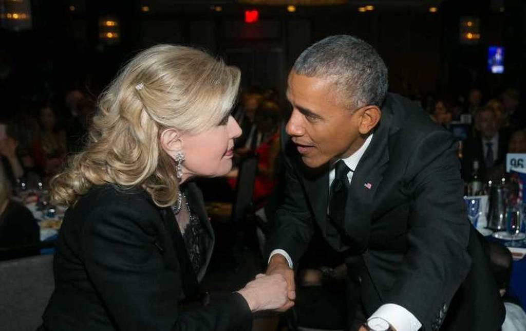 Συνάντηση Ομπάμα – Μαριάννας Βαρδινογιάννη στα βραβεία του Ιδρύματος Κένεντι (pics)