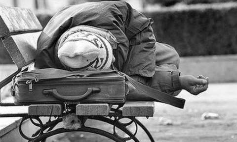 Ανοιχτός ο θερμαινόμενος χώρος του δήμου Αθηναίων για την προστασία των αστέγων από το κρύο