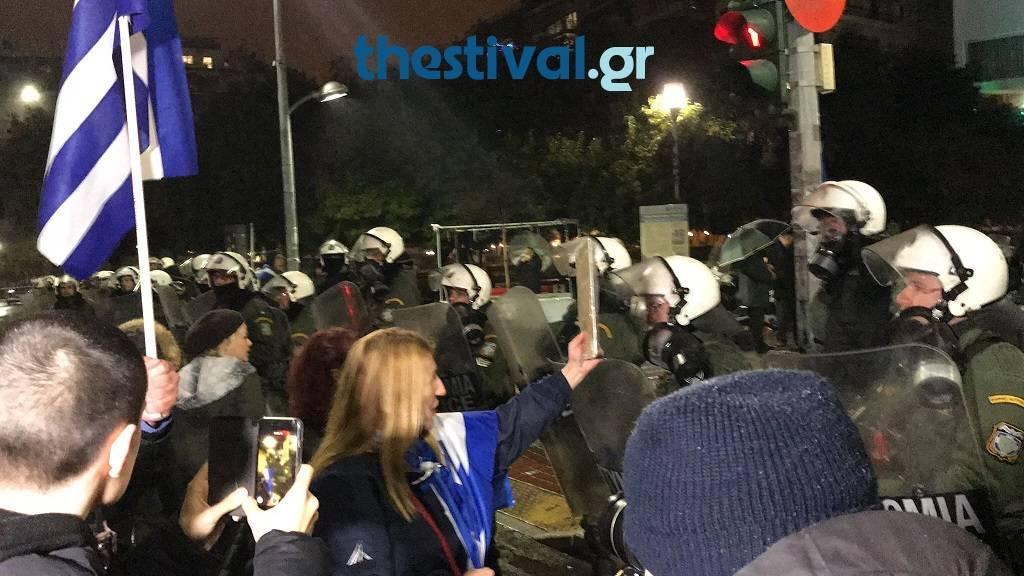 «Φρούριο» η Θεσσαλονίκη: Προληπτικές προσαγωγές πριν από την ομιλία Τσίπρα (pics&vid)