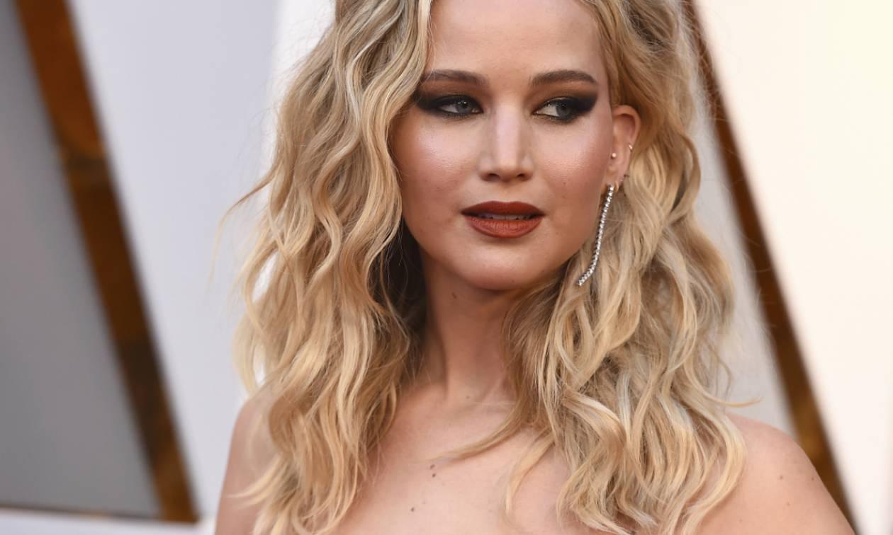 Η Jennifer Lawrence αρνείται πως έκανε σεξ με τον Harvey Weinstein: Όλο το παρασκήνιο