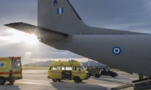 Ηράκλειο: Αεροδιακομιδή τριών μωρών με αεροσκάφος της Πολεμικής Αεροπορίας