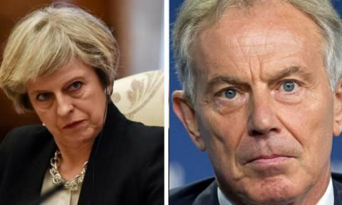 Brexit: Έβγαλε «νύχια» η Τερέζα Μέι - «O Τόνι Μπλερ ντροπιάζει το αξίωμα που κατείχε κάποτε»