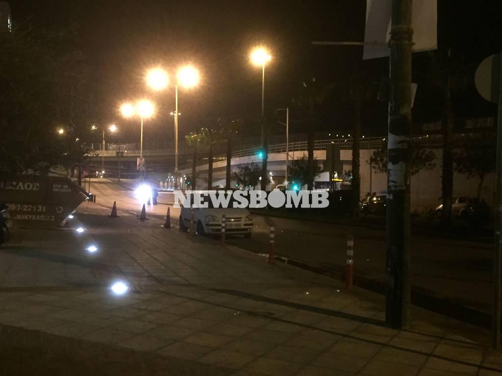 Έκρηξη βόμβας ΣΚΑΪ: Βίντεο από τις σοβαρές υλικές ζημιές που προκάλεσε η τρομοκρατική επίθεση (vids)