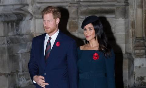 Βρετανία: Ο πρίγκιπας Χάρι «σνομπάρει» βασιλικό έθιμο για... το χατίρι της Μέγκαν!