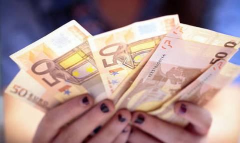 «Βρέχει λεφτά» μέχρι την Παρασκευή - Δείτε ποιοι και πόσα θα πάρουν