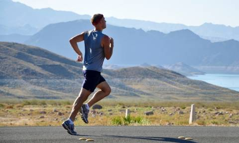 Σου αρέσει το τρέξιμο; Ορίστε 4 μυστικά που θα το εκτοξεύσουν!