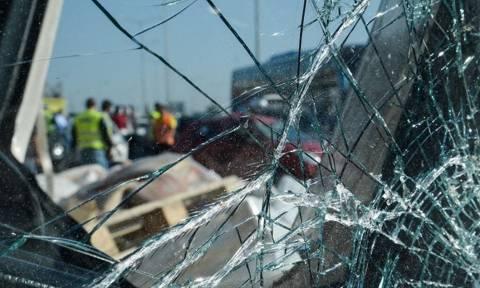 Συναγερμός στη Θεσσαλονίκη: Αυτοκίνητο έπεσε πάνω σε φράχτη βρεφονηπιακού σταθμού