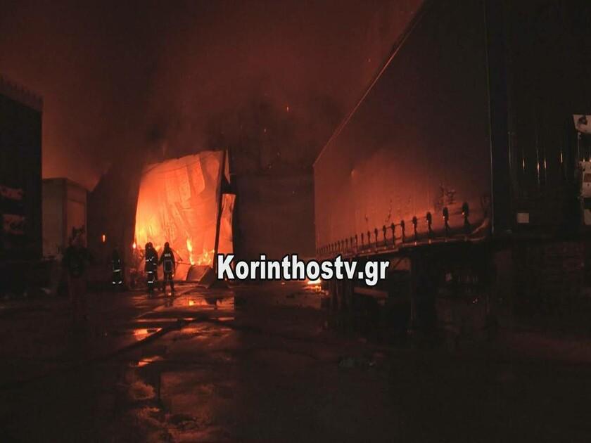 Φωτιά ΤΩΡΑ στην Κόρινθο: Μεγάλη πυρκαγιά σε κτήριο στην Κυρά Βρύση (pics)