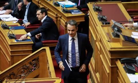 «Άγρια» κόντρα Τσίπρα - Μητσοτάκη για τον προϋπολογισμό