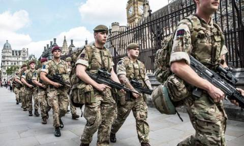 Brexit: Φοβούνται το «χάος» στη Βρετανία - Σε ετοιμότητα 3.500 στρατιωτικοί