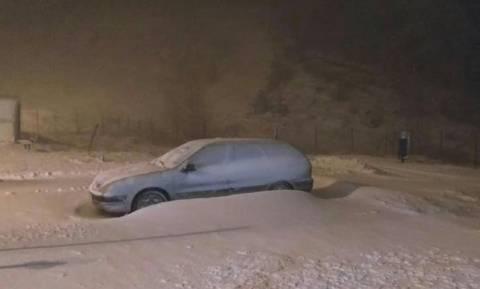 Καιρός: Σκεπάστηκε από το χιόνι ο μεθοριακός σταθμός στα ελληνοβουλγαρικά σύνορα (pics)