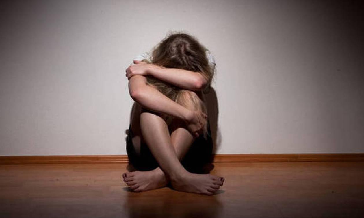 Ηράκλειο: Τον εφιάλτη έζησε μία μαθήτρια - Δείτε τι της έκαναν (vid)